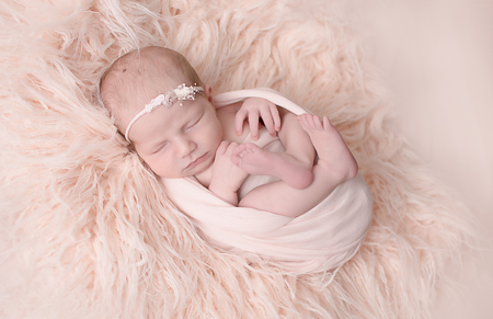Newborn Elizabeth Williamsport PA Photographer Pink wrap headband