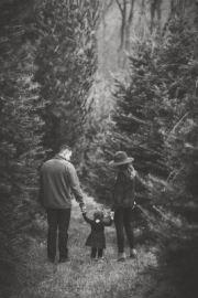 Engaged-at-a-tree-farm-63_websize